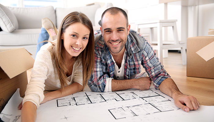 Zinsen bei Bau- oder Immobileinkrediten, Foto: Goodluz/Shutterstock.com