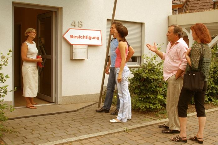 Wohnung vermieten, Wohnungsbesichtigung. Foto: Matthias Stoll/fotolia.com